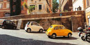 Smart en Fiat zijn voorbeelden van het Jester merk archetype